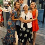Janina su anūkais Gaudeniu, Justina ir Austėja