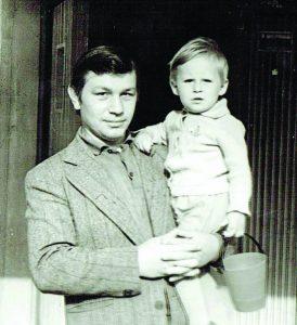 Lionius-Jonas Pakrosnis su sūnumi Ryčiu