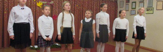 dainuoja jaunučių vokalinis ansamblis