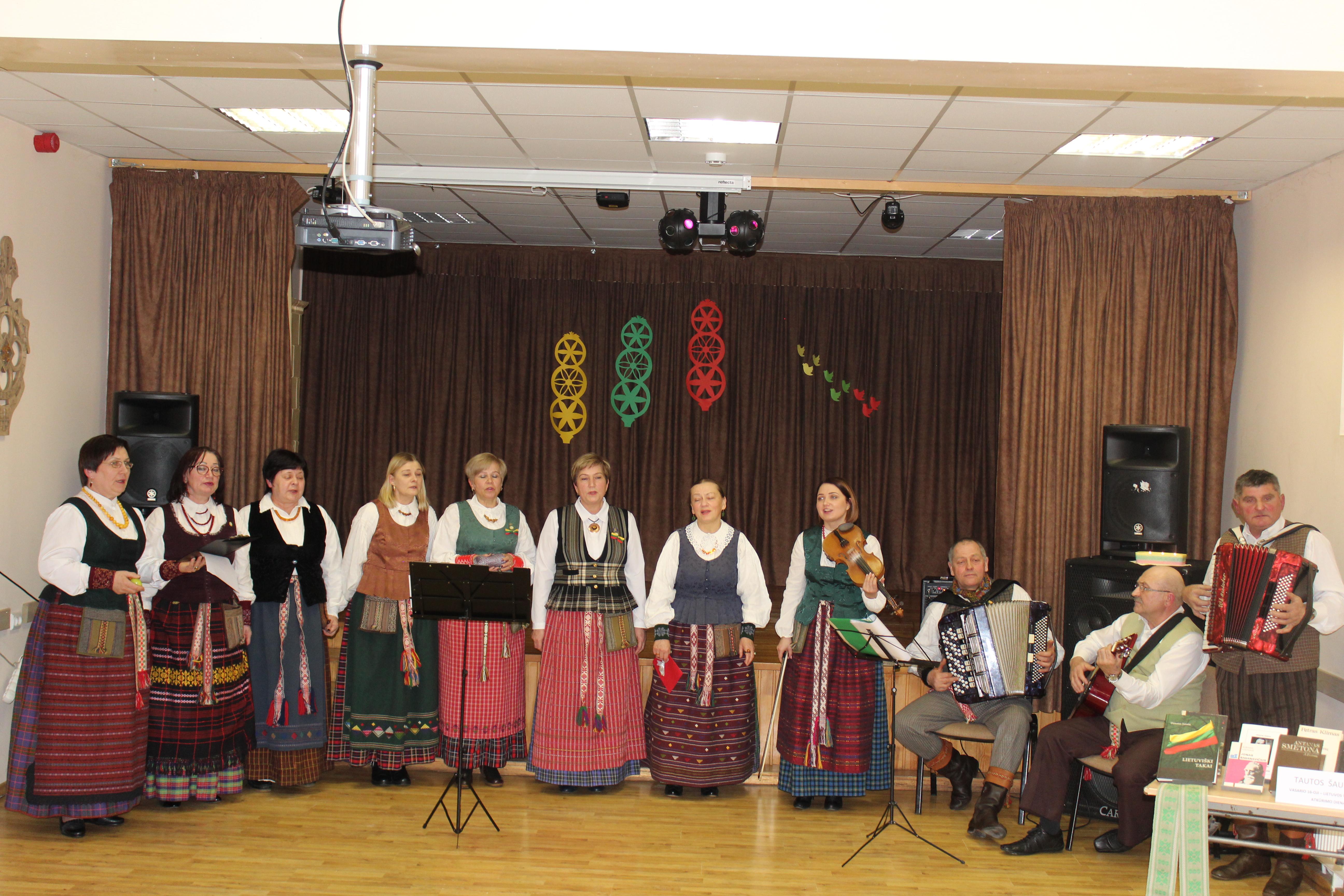 Linkėjimus Lietuvai skyrė kietaviškiečiai