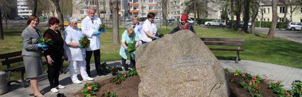 Elektrėnų ligoninės kolektyvas Medikų dieną pasitiks gėlėmis apsodintoje aplinkoje