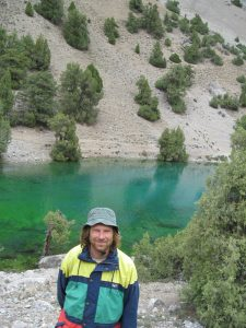 Bruno Margevičius prie aukštikalnių ežero