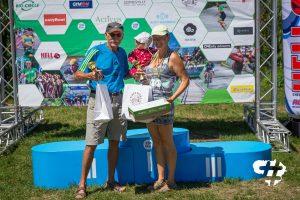 Vyriausias bėgikas Romas Jasinskas, o jauniausią bėgikę Julianą laiko mama Julija