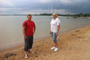 Elektrėnų paplūdimio gelbėtojai Ramūnas Valantavičius ir Zita Smolina