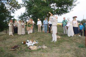 Pagrindinis Rasų šventės akcentas - senovinės apeigos