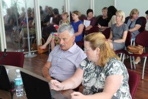 Tarybos nariai konservatorius Viktoras Valiušis ir socialdemokratė Viktorija Juknevičienė turi bendrų neaiškumų