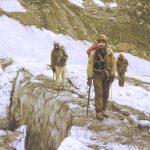 Kaukazo kalnuose virve susirišę V. Suslavičius, A. Jankauskas ir V. Valiušis