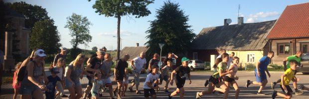 Prie starto linijos išsirikiavo 42 sportininkai