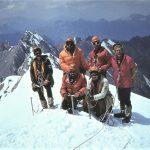 """Energijos"""" viršūnėje. Iš kairės: Algirdas Mišinis, Rimantas Urbanavičius, Viktoras Valiušis ir Jurgis Michailovas, tupi Alvydas Jankauskas ir klaipėdiškis Eimutis"""