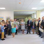 Bibliotekininkes įkurtuvių proga sveikina seniūnė Loreta Karalevičienė