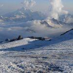 """Tolumoje – bazinė stovykla """"Prijut 11"""" ir debesų jūra (Kaukazas, 2012-07-25)"""