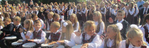 Rugsėjo 1-osios šventė Vievio Jurgio Milančiaus pradinėje mokykloje