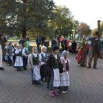 Lietuvių liaudies šokių tradicijos perduodamos iš kartos į kartą