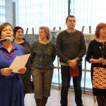 Parodos organizatorė Ramutė Kraujalienė dėkojo parodą padėjusiems surengti elektrėniškiams - Rimai Čepienei, Onutei Varanauskienei, Dariui Biekšai, Ramutei Strebeikienei