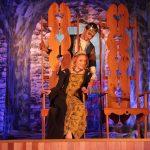 Eglė (Gabrielė Bukinė) ir karalaitis Žaltys (Gytis Murauskas)