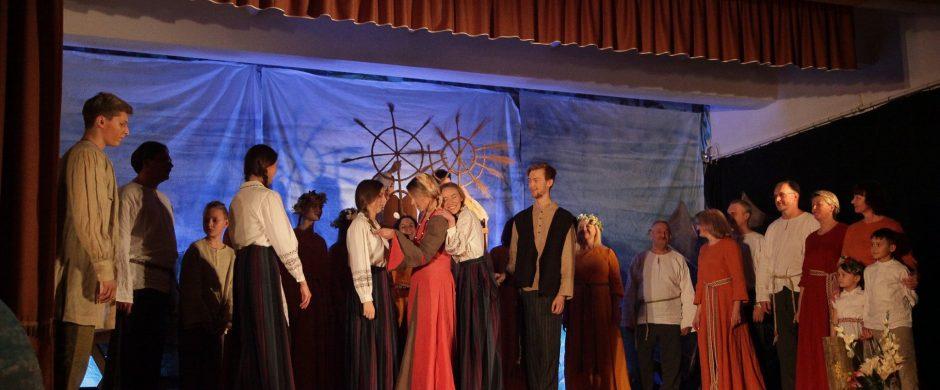 """Miko Petrausko opera """"Eglė žalčių karalienė"""" atgimė Vievyje"""
