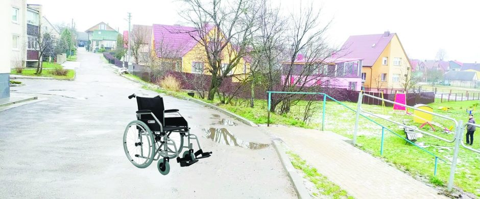 Požiūris į neįgaliuosius: žodžiais – myli, darbais – tarsi specialiai kenkia