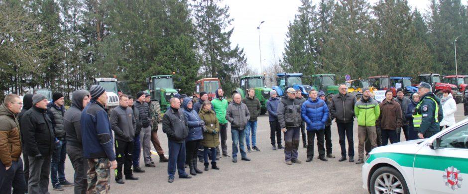 Ūkininkų protestai: pagrįsti reikalavimai ir netinkami simboliai