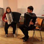 Groja Elektrėnų meno mokyklos auklėtiniai Marius Bauras ir Livija Zakarevičiūtė