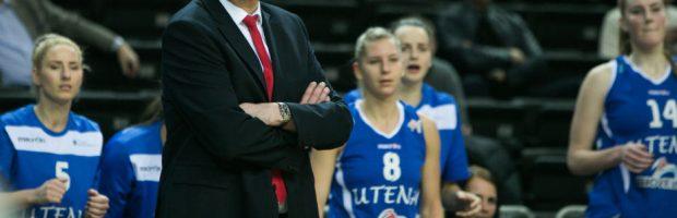 Utenos moterų krepšinio komanda treniruojant A. Vainauskui tapo Lietuvos čempione