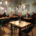 Pirmieji lankytojai naujojoje Gretos ir Kipro kavinėje