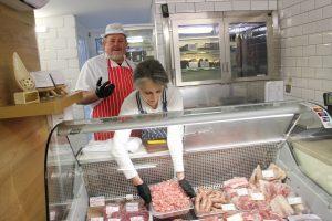A. ir D. Braziai pirkėjams siūlo tik šviežią ir ekologišką mėsą