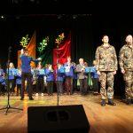 Elektrėnuose himną vedė Augustė Daniūnaitė, grojo Elektrėnų meno mokyklos pučiamųjų instrumentų orkestras