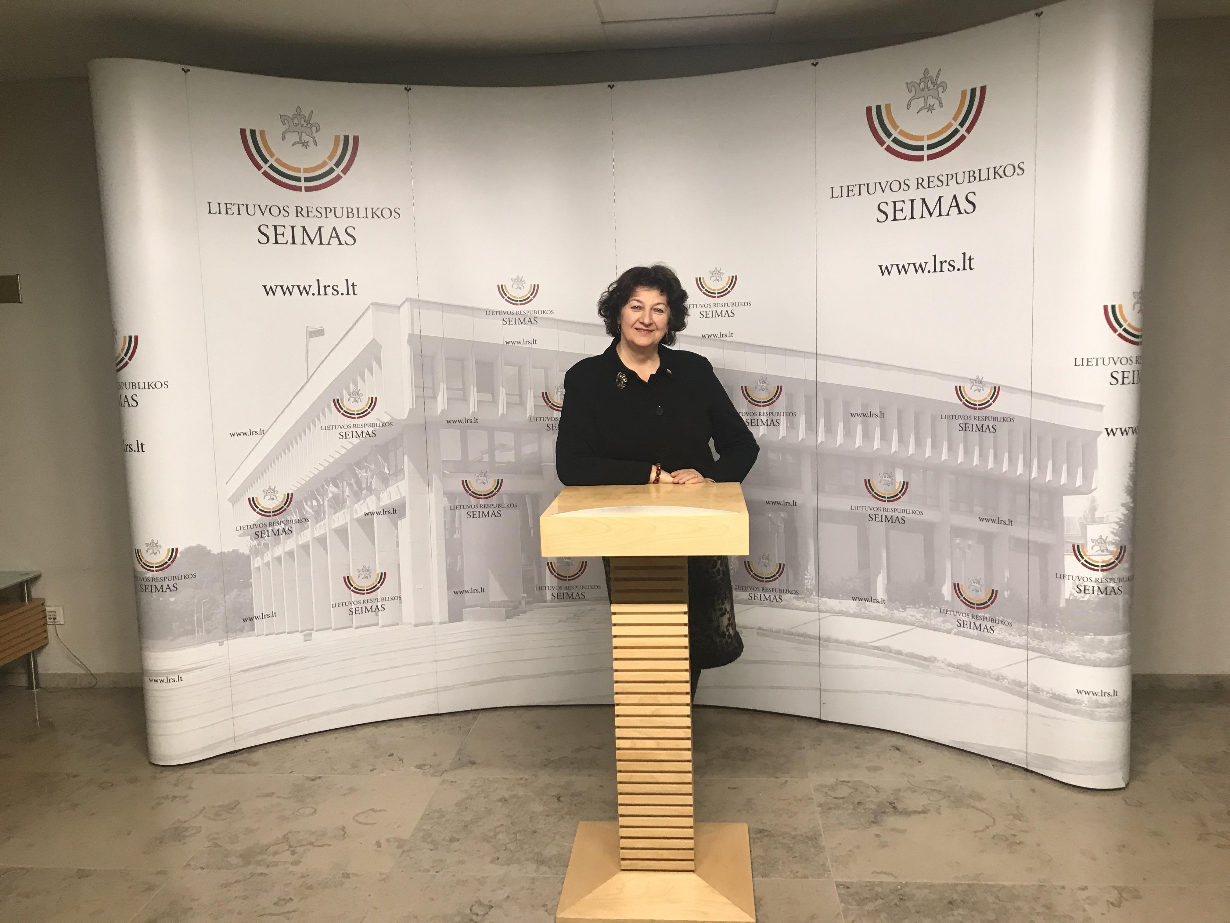 """Seimo narė Laimutė Matkevičienė: """"Norint tinkamai vykdyti Seimo nario pareigas, labai svarbu išgirsti žmonių problemas"""""""
