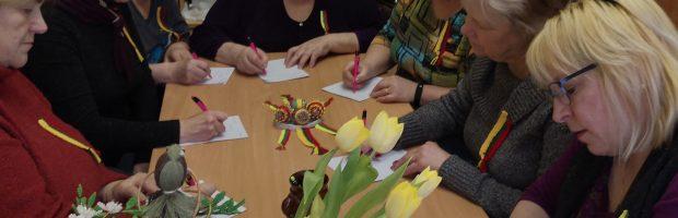 Diktantą rašo Elektrėnų krašto neįgaliųjų sąjungos nariai