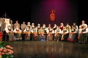 """Skriaudžių ansamblis """"Kanklės"""" Dramos teatre, Vilniuje, 2006 m. apdovanotas """"Aukso paukšte"""""""