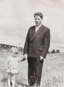 Elektrėnų apylinkėse su tėčiu apie 1966 m.