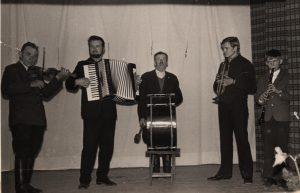 Groja Pastrėvio kaimo kapela apie 1973 m.