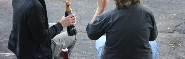 Nuo ankstyvo amžiaus pradedamas ir ilgus metus trunkantis alkoholio vartojimas lemia rimtas sveikatos problemas