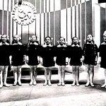 Vievio mergaičių ansamblis Dainų dainelės konkurse, kuris vyko Balio Dvariono muzikos mokykloje
