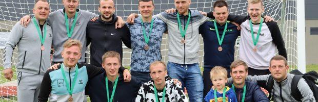 """""""Elektrėnų FK """"Versmė"""" džiaugiasi turnyre užėmusi 3 vietą"""