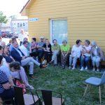 Į susitikimą gausiai susirinko ir valdžios atstovų, ir Vievio gyventojų
