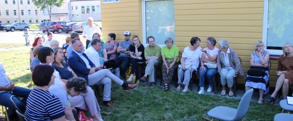 Požiūris į grupinio gyvenimo namus: ir vieta ne ta, ir kaimynai ne tie