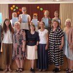 Nugalėtojai su konkurso vertinimo komisija