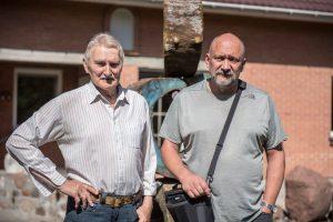 Su tėveliu, architektu, skulptoriumi, humanitarinių mokslų daktaru, profesoriumi Vytautu Kaspučiu
