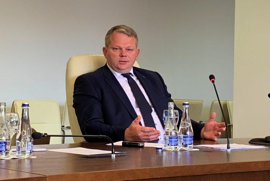 Ūkininkai turi rūpesčių, ministras – pažadų