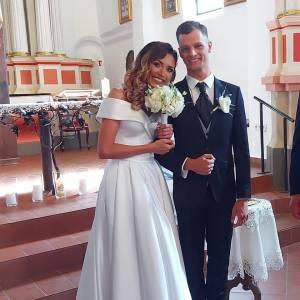 Su šokių ir gyvenimo partneriu E. Baltaragiu vestuvių metu