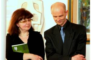 Virginijus Sutkus su žmona Genute 2013 metais autorinės parodos atidarymo metu Druskininkuose, V.K.Jonyno galerijoje