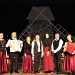 """Elektrėnų kultūros centro vokalinis instrumentinis ansamblis """"Konkordas"""" (vad. Adolfas Blažonis). S. Bielskienės nuotr."""
