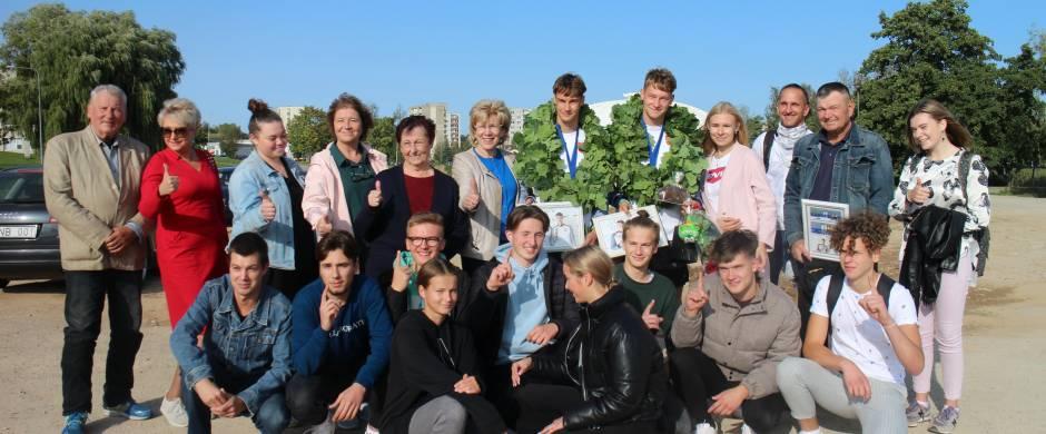 Olimpinių vilčių medaliai ir ąžuolų vainikai – elektrėniškiui Artūrui Golovač