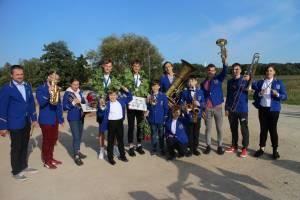 Čempionus pasitiko Elektrėnų meno mokyklos pučiamųjų instrumentų orkestras