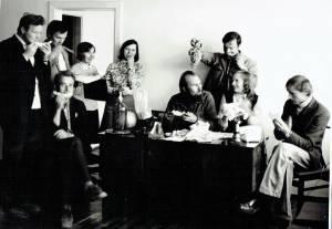 isas SRB ITD kolektyvas vaišinasi melionu. 1974 m. atvežtas kolegų iš Kazachstano