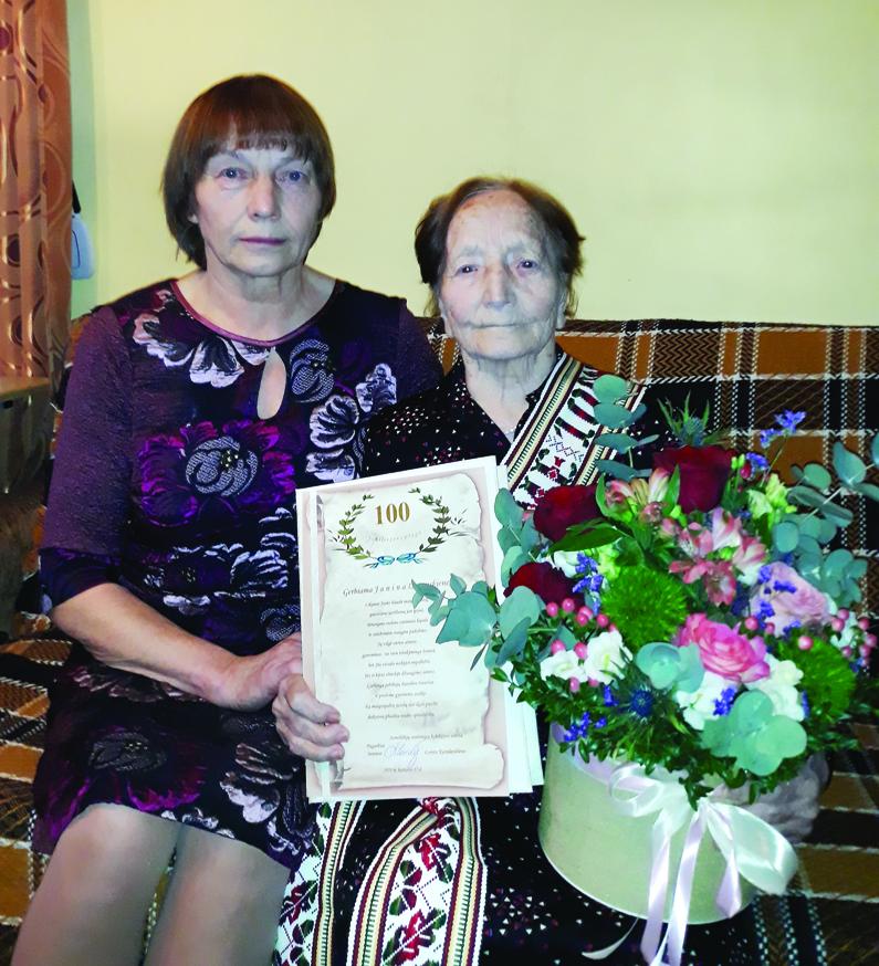 Semeliškių seniūnijos gyventojai  Janei Lazauskienei – 100 metų!