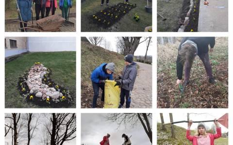 Aplinkos tvarkymo akcija Semeliškių gimnazijoje