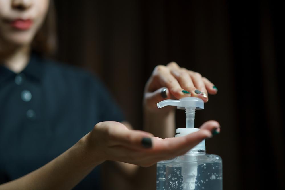 Kaip išsirinkti dezinfekuojantį skystį rankoms?